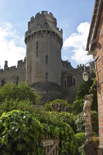 castle2 WEB