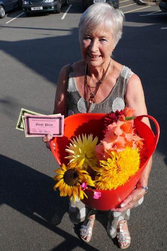 RGHS Show 84 WEB Jean Walton 1st Flowers P1140445 1-9-18